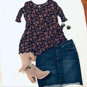 Tops - Baby Doll Flower Pattern Blouse - S